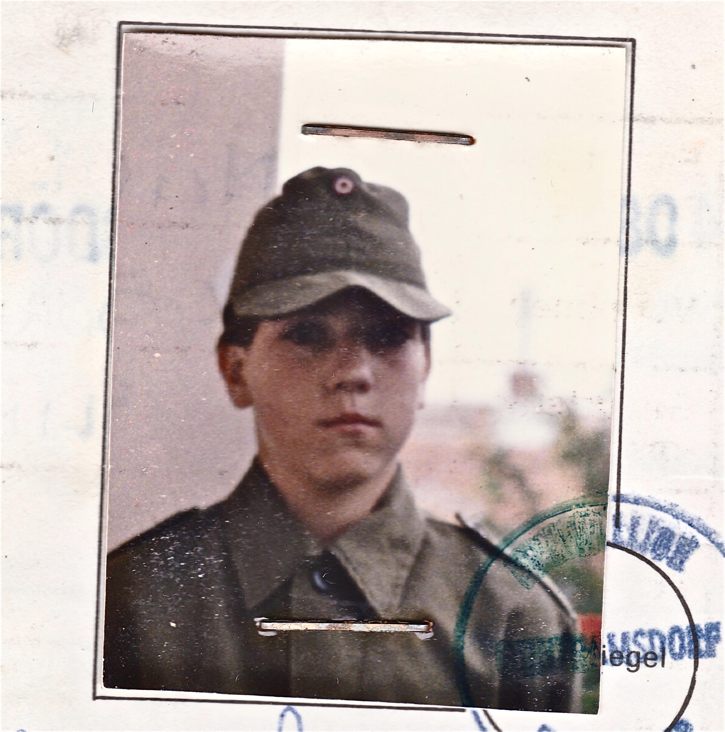 Jürgen Gangoly als junger Feuerwehrmann